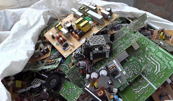 raee_rifiuti_apparecchiature_elettroniche